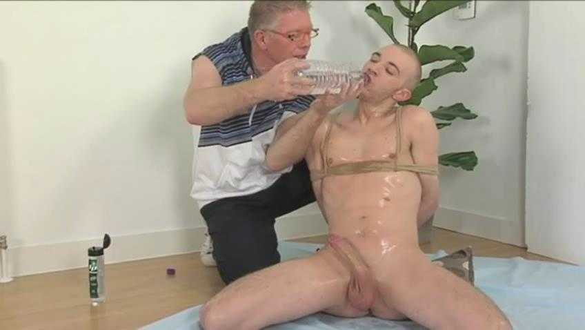 Perverted old stud and bound shaved twink