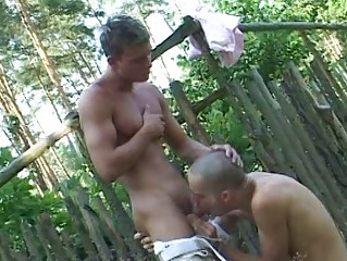 Bald homo twinks and his boi suck every others burrito outdoor