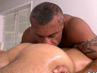 He likes to dig his tongue right in to the asshole! Awesome scene!